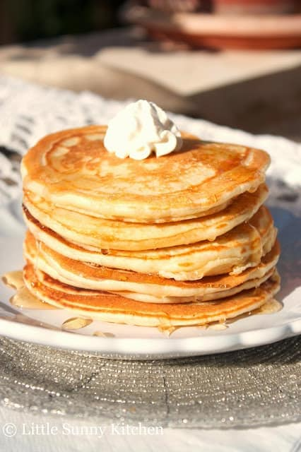 Best classic pancakes recipe