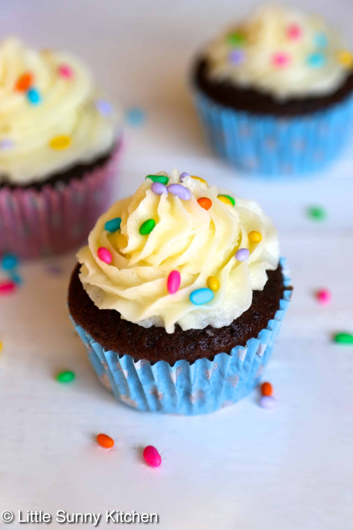 Classic Chocolate Cupcakes With Vanilla Frosting Little Sunny Kitchen