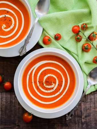 Super easy and delicious 5 ingredient tomato soup!