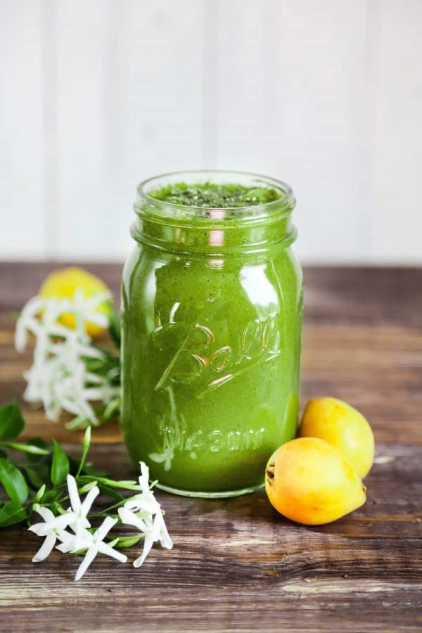 You get 3 of your 5 a day just from this smoothie! Made with loquats, spinach, and a banana. And then topped with chia seeds!