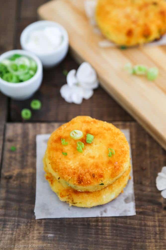 Cheesy mashed potato cakes recipe