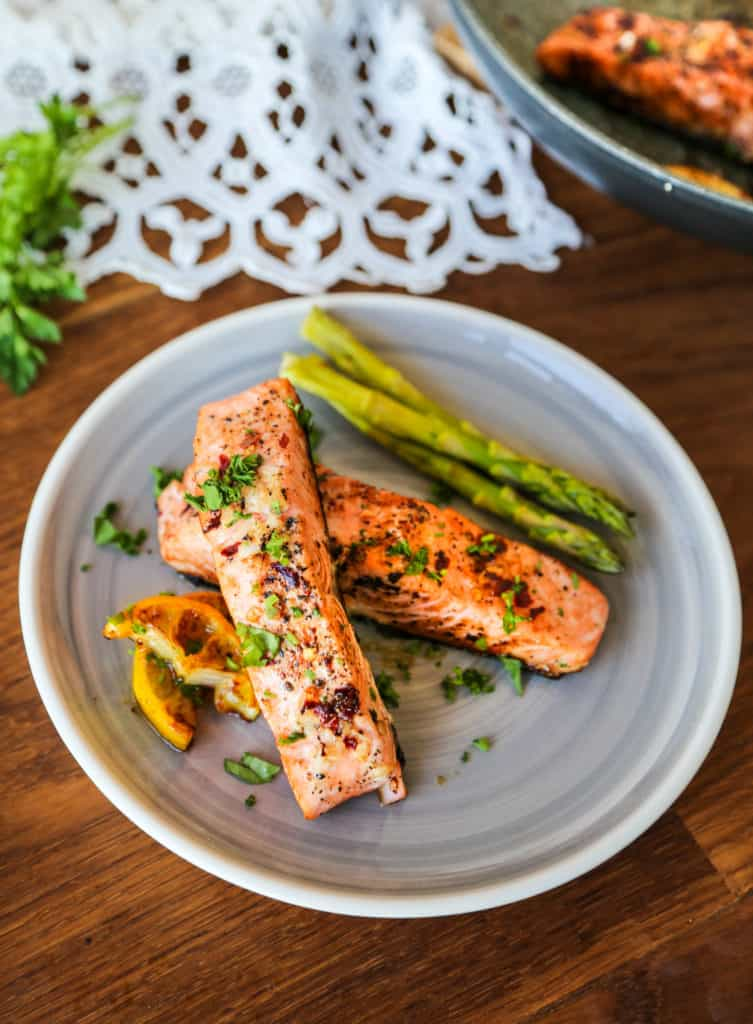Easy pan fried honey garlic salmon recipe