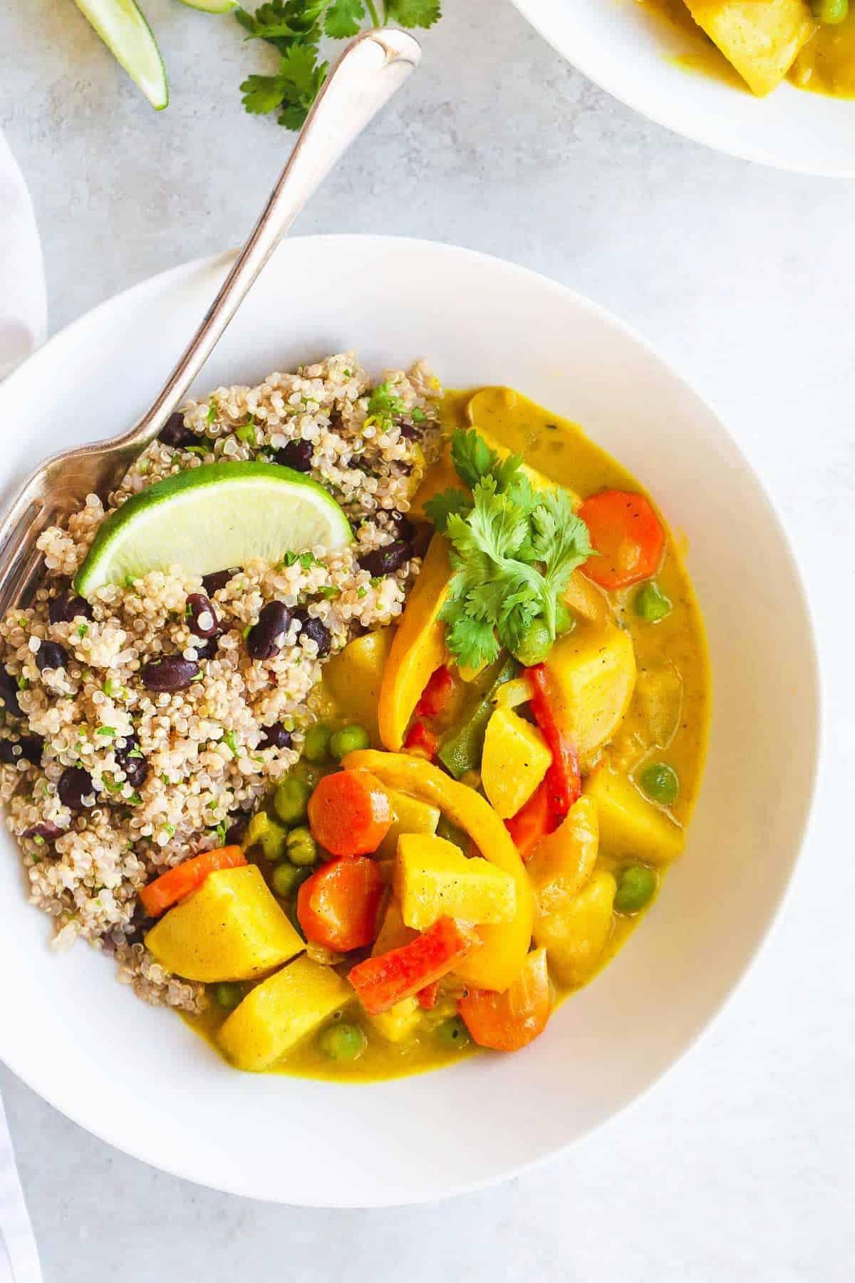 Vegan Curried Superfood Bowl