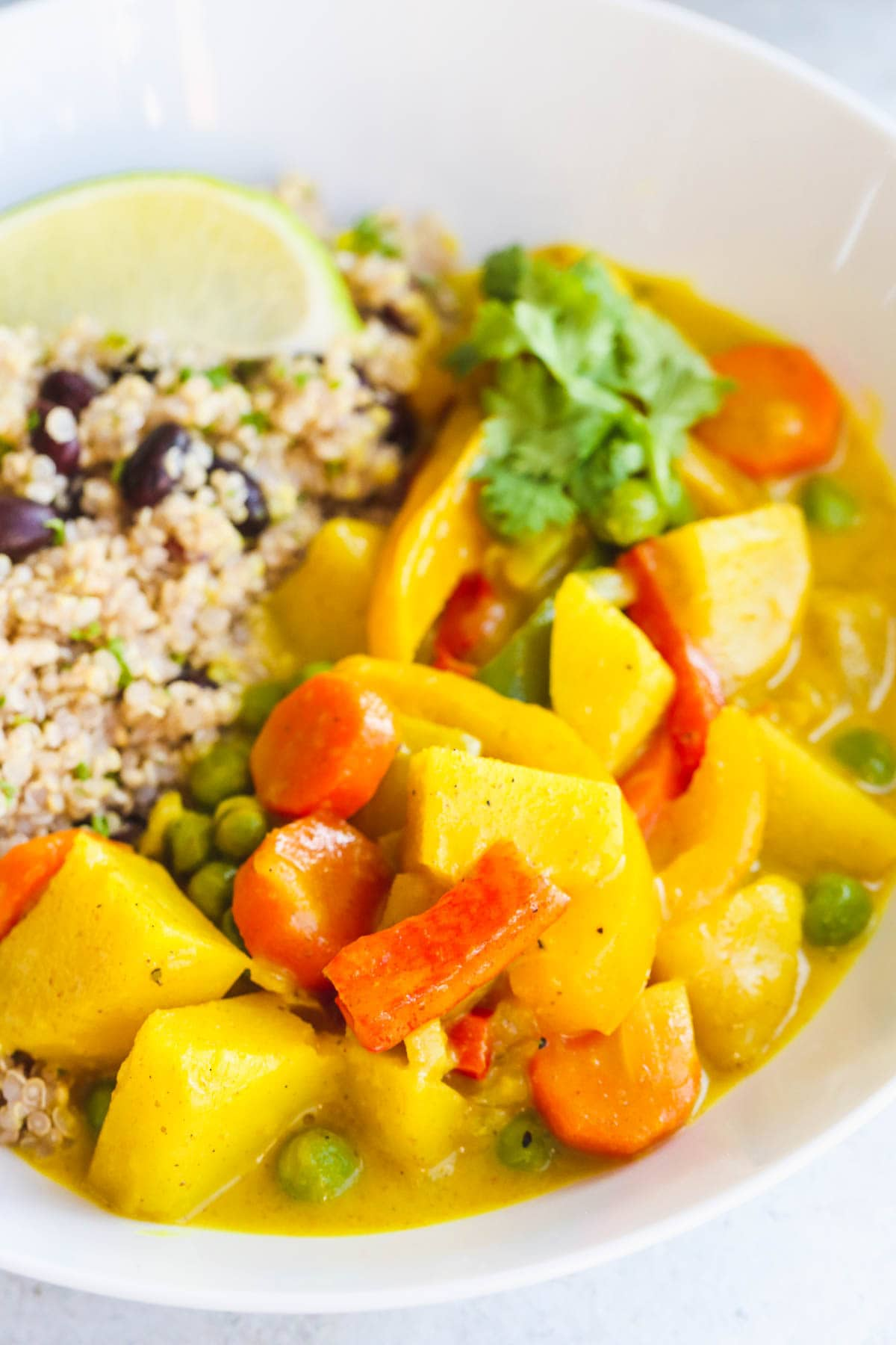 Vegan Curried Superfood Bowl