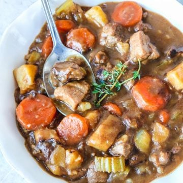 Irish lamb stew recipe with potatoes and carrots