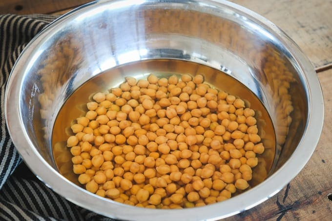 soaked chickpeas for hummus