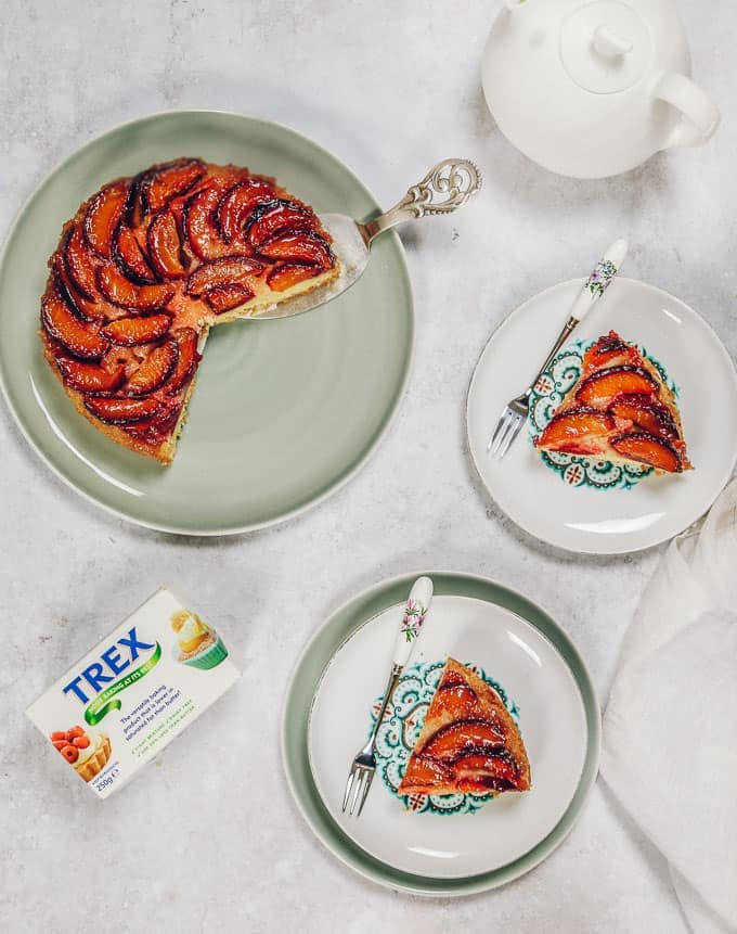HOW TO MAKE A PLUM UPSIDE DOWN CAKE Trex