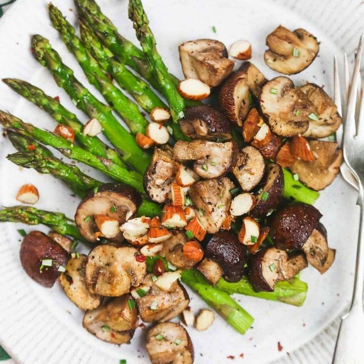 Air fryer Asparagus and mushroom-6