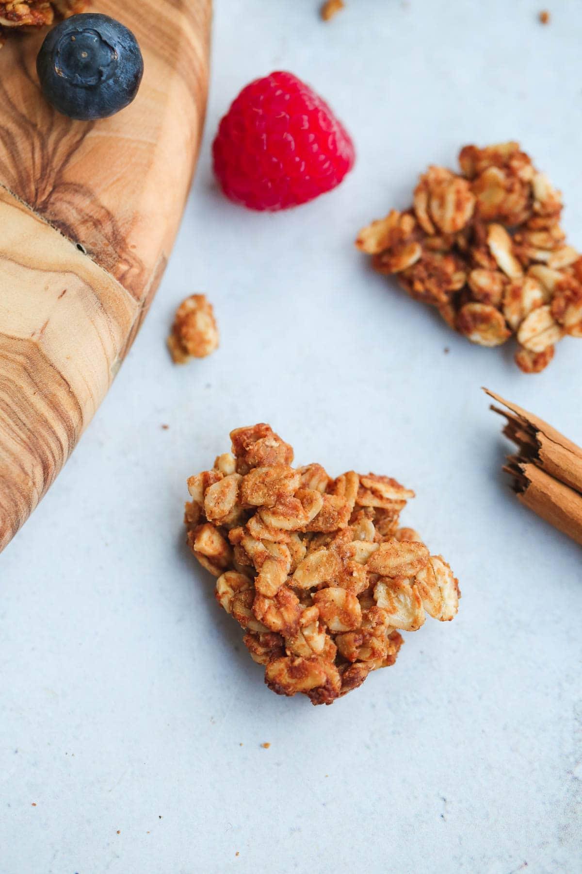 crunchy granola cluster