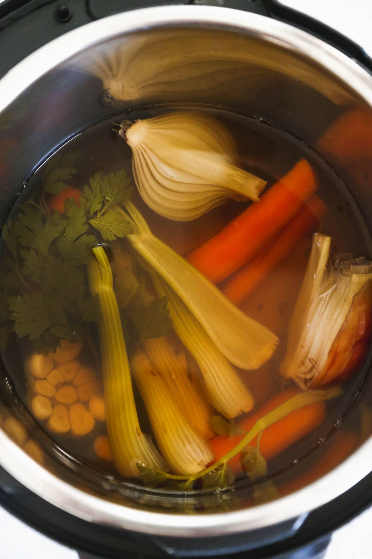 cook instant pot vegetable stock