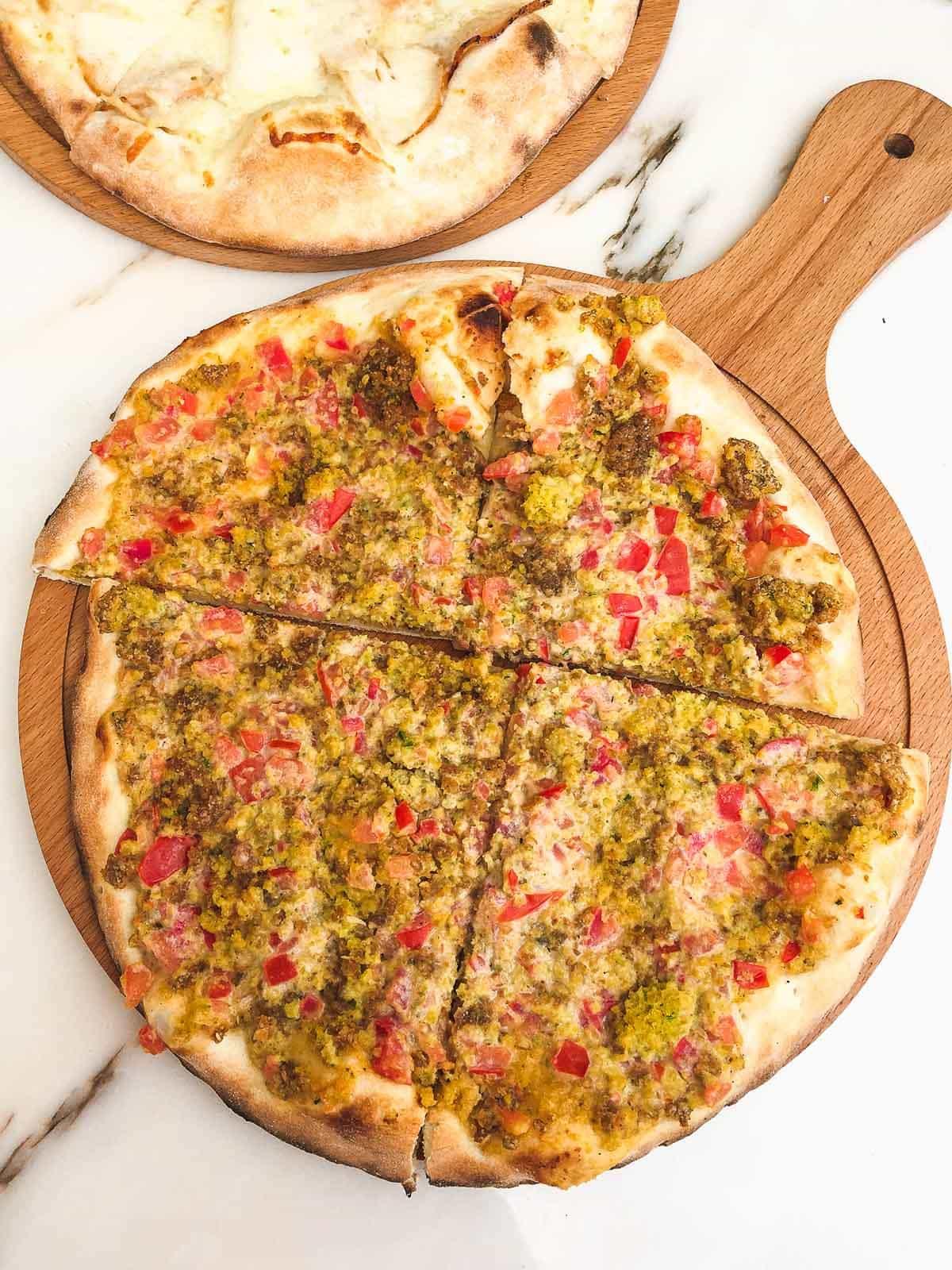 Manakeesh falafel