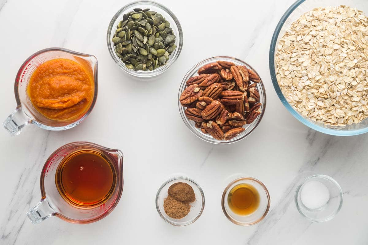 Ingredients needed to make pumpkin pie granola