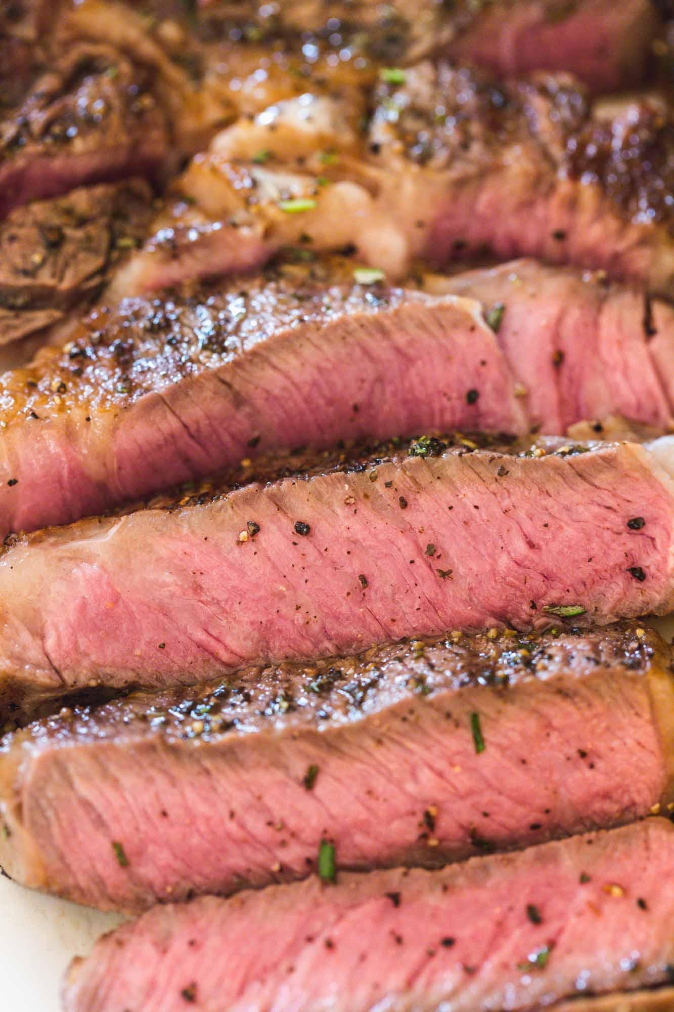Sliced medium rare steak (ribeye)