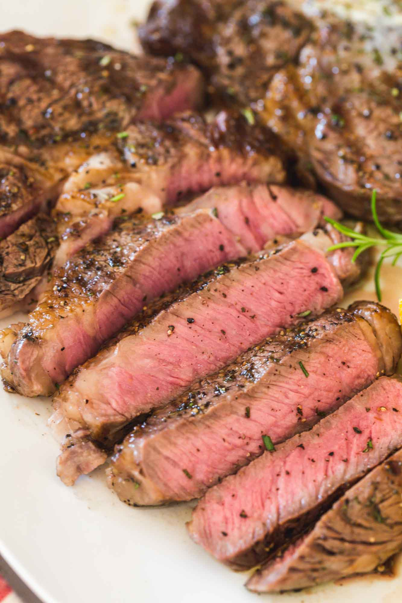 Sliced grilled steak that is grilled to medium rare