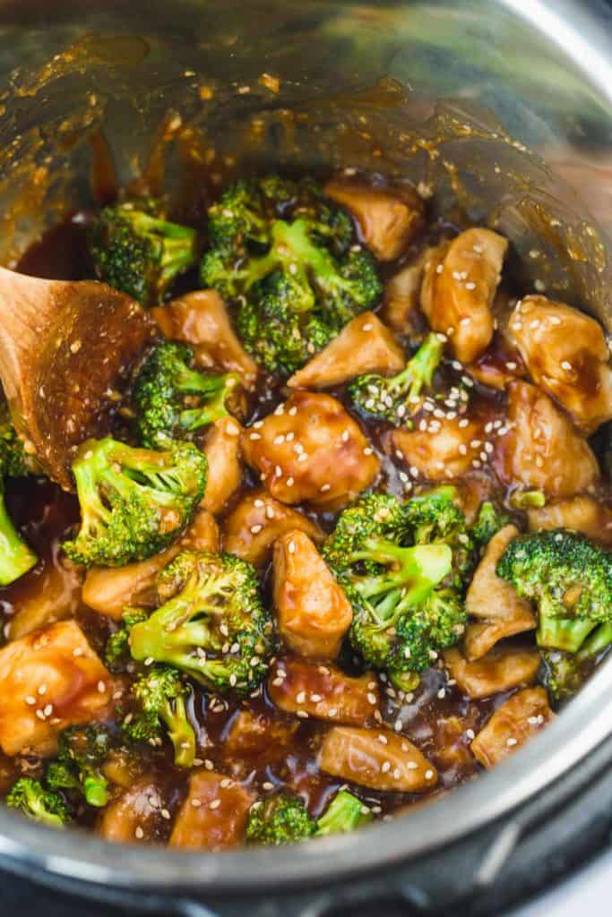 Cooked chicken and broccoli in the instant pot