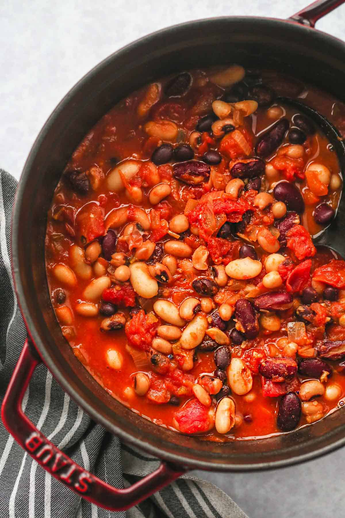 A STAUB cocotte with vegan bean chili